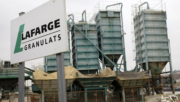 Lafarge plant is pictured in Paris. Cement group LafargeHolcim admitted on Thursday March 2, 2017 that unacceptable deals with armed groups in northern Syria allowed its activities there to continue - Sputnik France