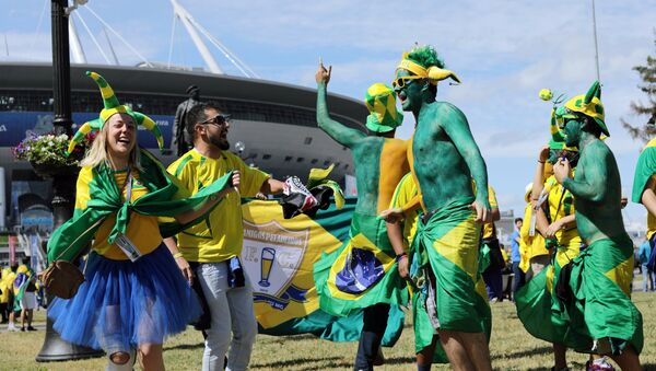 Fans of the Brazilian national team before the start of the 2018 World Cup football match between the national teams of Brazil and Costa Rica - Sputnik France