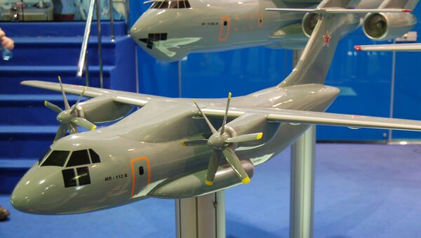 Maquette de l'avion Il-112V - Sputnik France