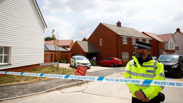 Policía británica en Amesbury, Reino Unido - Sputnik France