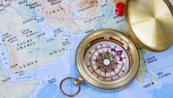 Компас на карте Ближнего и Среднего Востока - Sputnik France