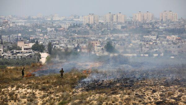 Soldados israelíes en la frontera con Gaza - Sputnik France