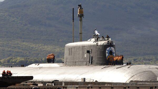 Un sous-marin nucléaire russe du projet 949A Anteï - Sputnik France