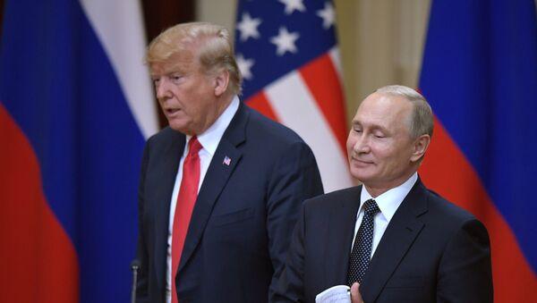 Donald Trump et Vladimir Poutine à Helsinki - Sputnik France