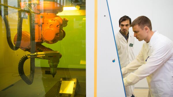 Une installation laser dans un laboratoire du MEPhI - Sputnik France