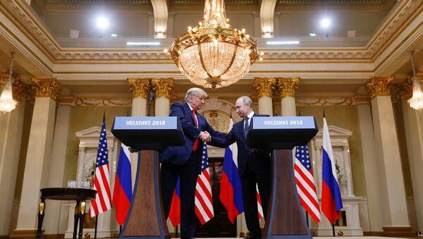 Trump et Poutine - Sputnik France
