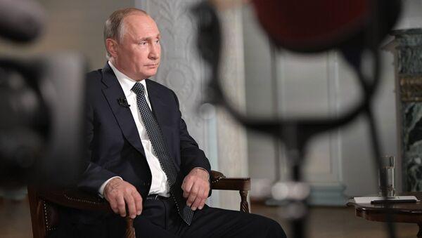 Vladimir Poutine donne une interview à Fox News - Sputnik France