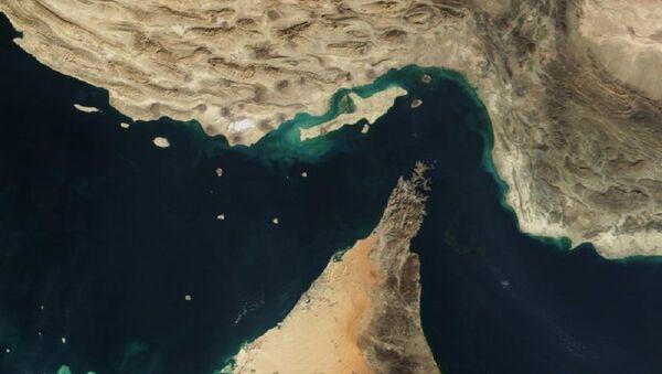 Iran : une loi sur la fermeture du détroit d'Ormuz - Sputnik France
