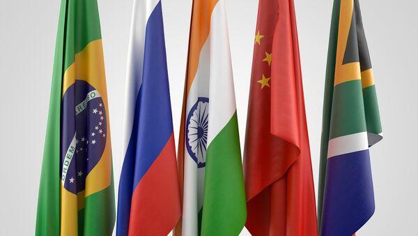 Drapeaux des BRICS (Brésil, Russie, Inde, Chine et Afrique du Sud) - Sputnik France