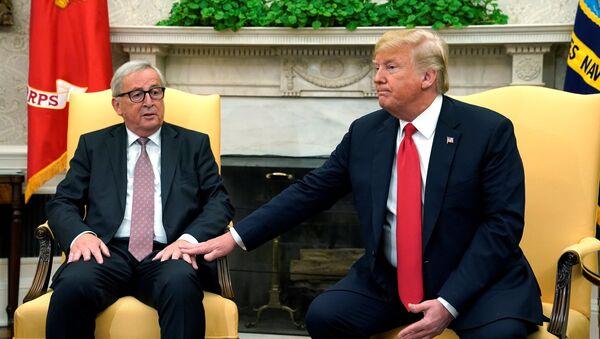Jean-Claude Juncker et Donald Trump - Sputnik France
