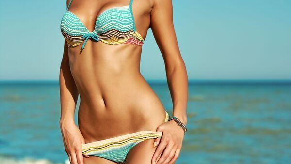 Une femme en bikini. - Sputnik France