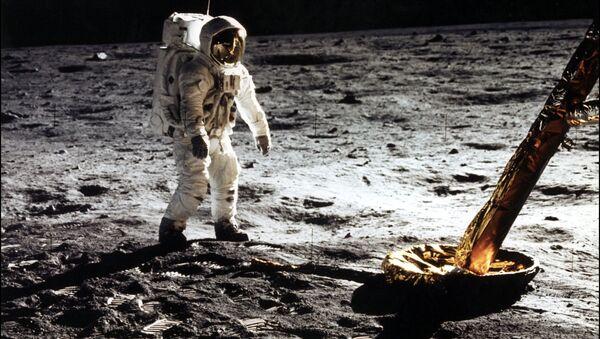 L'astronaute Edwin Buzz Aldrin sur la Lune en 1969 (archive photo) - Sputnik France