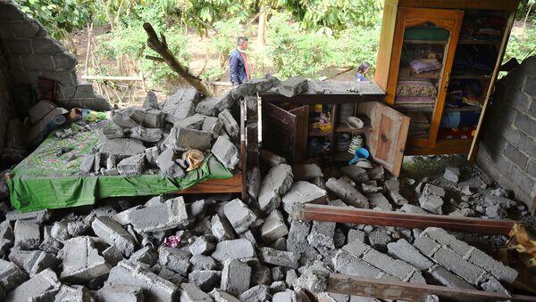 Pendant que l'on dort: le séisme meurtrier en Indonésie en images - Sputnik France