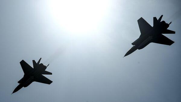 Des chasseurs polyvalents MiG-31 avec des missiles Kinjal - Sputnik France