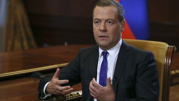 Председатель правительства России Дмитрий Медведев во время интервью газете «Коммерсантъ» - Sputnik France