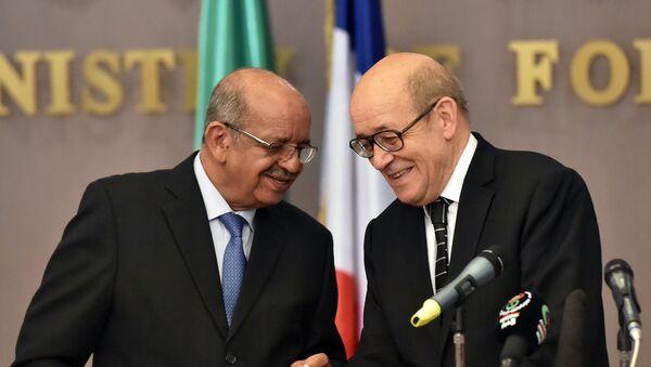 Abdelkader Messahel et Jean-Yves Le Drian - Sputnik France