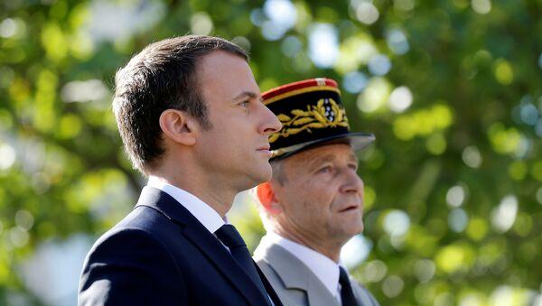 Le Président Emmanuel Macron et le Général Pierre de Villiers - Sputnik France