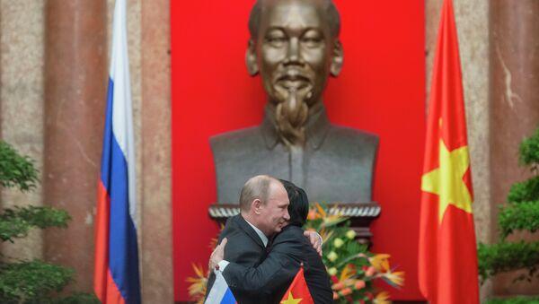 Vladimir Putin's official visit to Vietnam in 2013 - Sputnik France