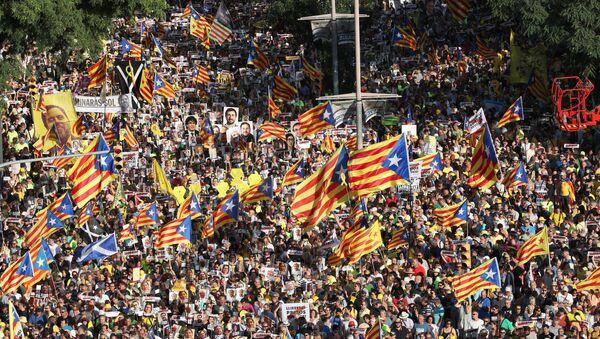 Une manifestation contre l'emprisonnement des dirigeants catalans à Barcelone,  le 14 juillet 2018 - Sputnik France