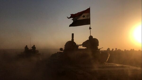 Tanks of the Syrian Army at combat positions in Deir ez-Zor - Sputnik France