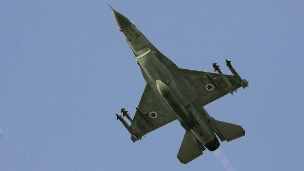 An Israeli F-16 multirole fighter. File photo - Sputnik France