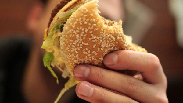 Un hamburger (image d'illustration) - Sputnik France