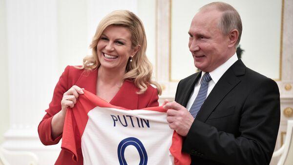 Kolinda Grabar-Kitarovic et Vladimir Poutine - Sputnik France