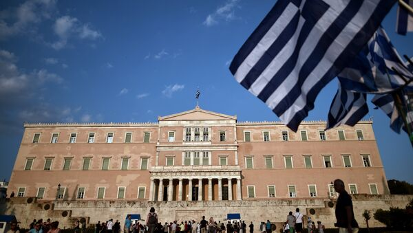 SYRIZA a «accepté ce qui avait été rejeté par tous les gouvernements précédents» de Grèce - Sputnik France