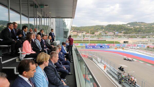 Vladimir Poutine lors de l'étape russe de Formule 1 - Sputnik France