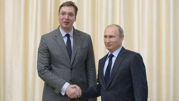 Aleksandar Vucic et Vladimir Poutine (archives) - Sputnik France