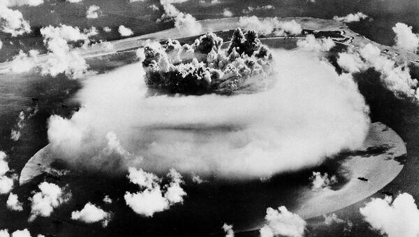 Ядерные испытания на атолле Бикини - Sputnik France