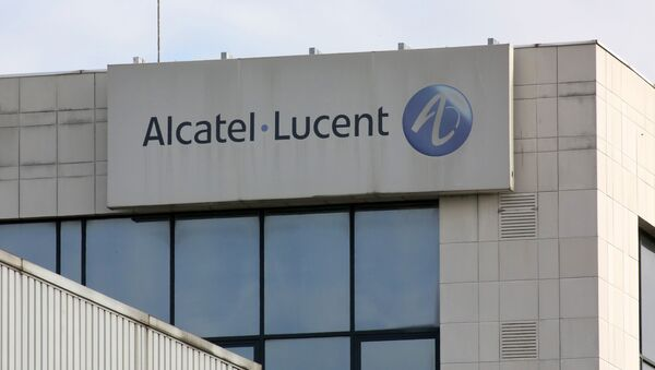 An exterior view of the Alcatel-Lucent unit in Colombes, north of Paris, Tuesday Oct. 8, 2013. - Sputnik France