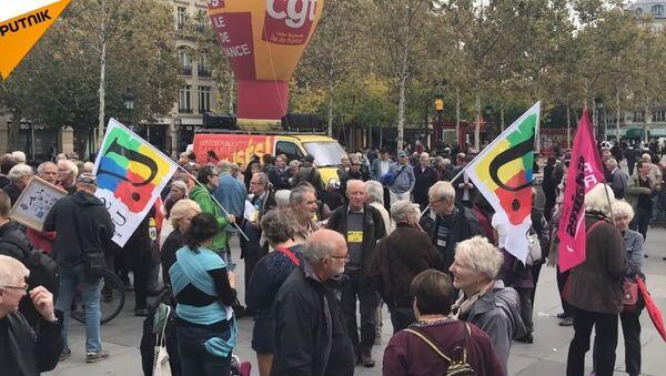 CSG, baisse du pouvoir d'achat: les retraités manifestent et haussent le ton - Sputnik France