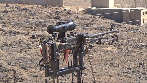 Un Syrien a inventé un patrouilleur électronique équipé d'une kalachnikov - Sputnik France