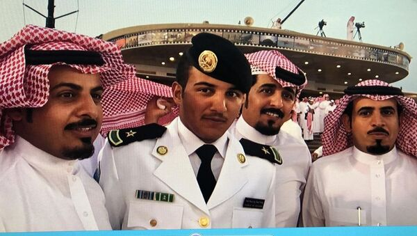 Abdel Aziz Shabib al-Balawi (le deuxième à gauche) - Sputnik France