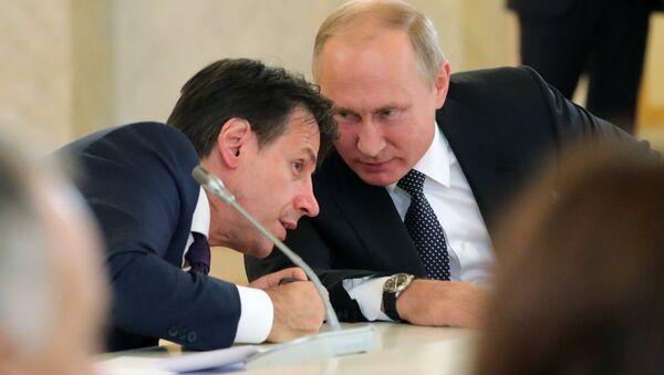 Vladimir Poutine et Giuseppe Conte - Sputnik France