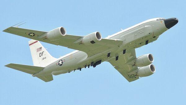 Un avion américain RC-135W - Sputnik France