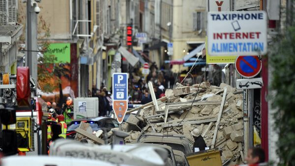 Fire Brigades and Police at Site of Building's Collapse in Marseille - Sputnik France