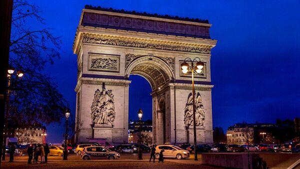 L'Arc de Triomphe à Paris - Sputnik France