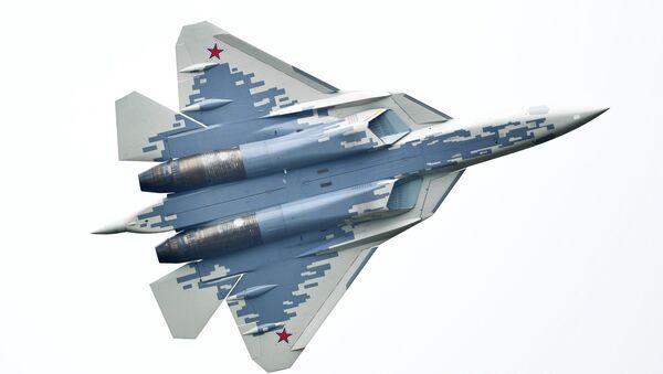 Un Su-57 participe au forum Armée-2018 - Sputnik France