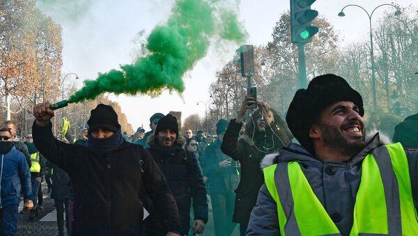 Lors des protestations des «gilets jaunes» en France - Sputnik France