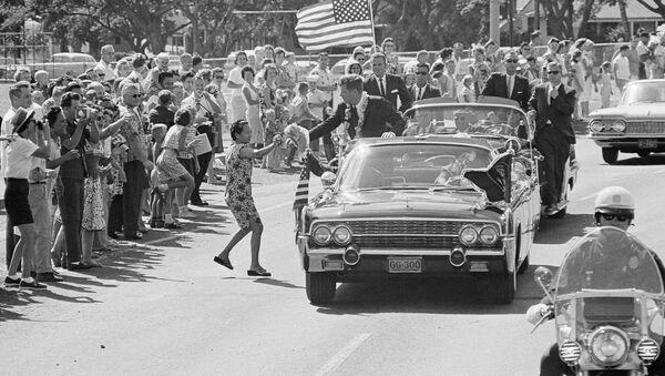 Le cortège du Président John Kennedy à Honolulu (image d'archive) - Sputnik France