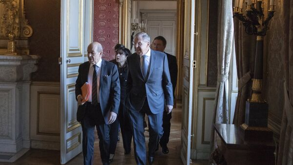 Jean-Yves Le Drian et Sergueï Lavrov à Paris - Sputnik France