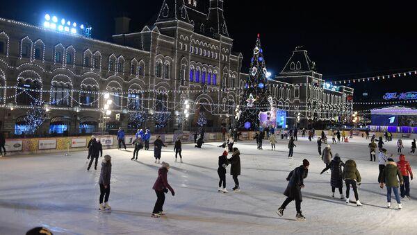Cérémonie d'ouverture de la patinoire et de la Foire du GOUM sur la place Rouge - Sputnik France