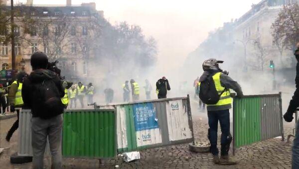 Gilets jaunes le 1 décembre 2018 à Paris (image d'illustration) - Sputnik France