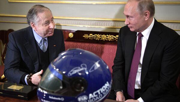 Vladimir Poutine et Jean Todt à Saint-Pétersbourg - Sputnik France