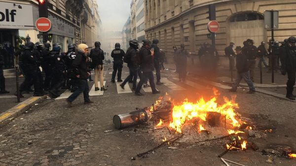 Manifestation des Gilets jaunes le 8 décembre 2018 - Sputnik France