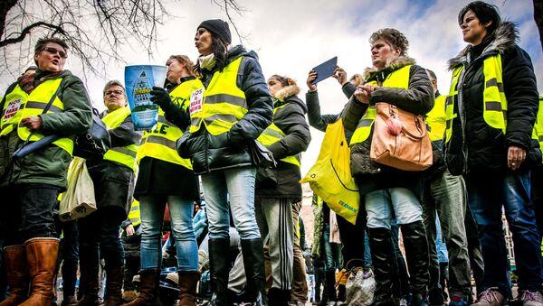 Gilets jaunes aux Pays-Bas - Sputnik France