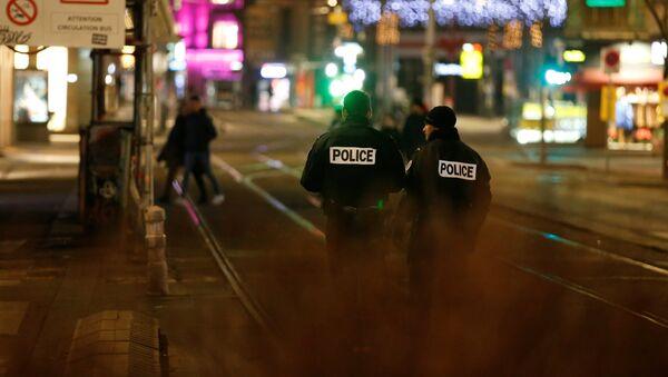 Policía en el lugar del tiroteo en Estrasburgo - Sputnik France