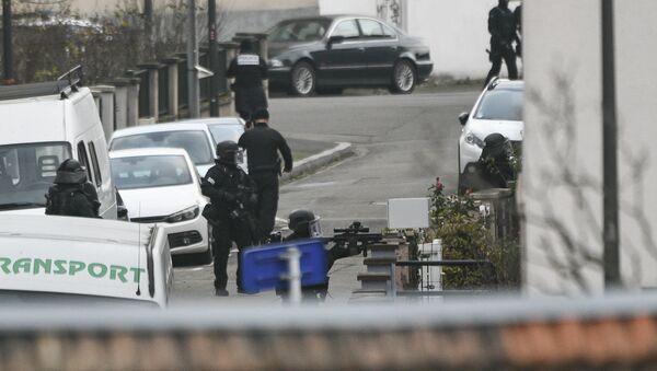 La police dans le quartier du Neudorf, à Strasbourg - Sputnik France